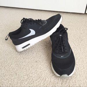 Nike Black Air Max Thea Sneakers
